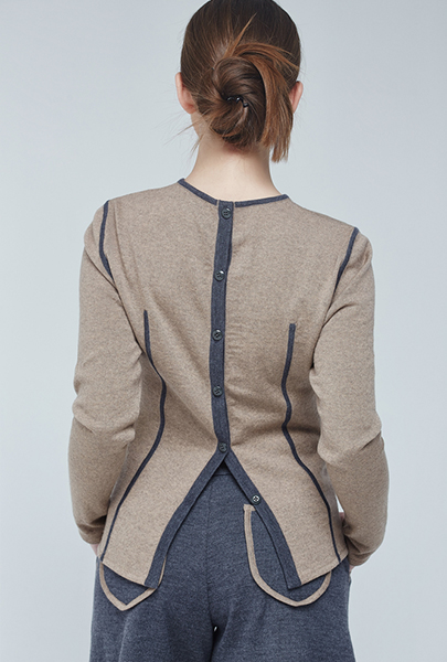 Button Back Sweater3